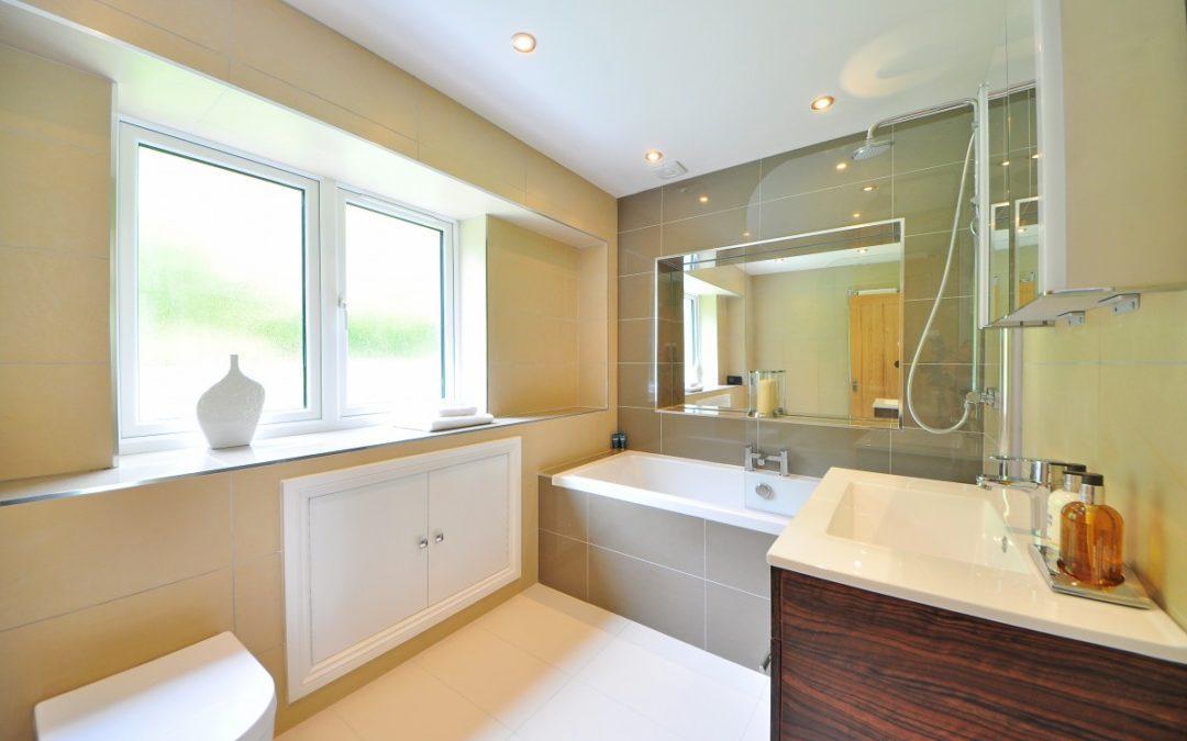 Comment aménager une salle de bain moderne ?